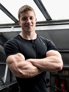 Muscle Boy, Muscle Hunks, Big Muscles, Muscular Men, Male Form, Male Physique, Male Beauty, Academia, Gorgeous Men