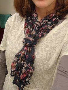 How To Wear Pashminas Scarf Shawl Tie Scarves 35 Super Ideas Ways To Tie Scarves, Ways To Wear A Scarf, How To Wear Leggings, How To Wear Scarves, Scarf Wearing Styles, Scarf Styles, Blanket Scarf Outfit, Scarf Knots, Girl Fashion