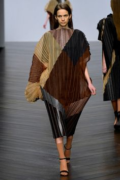 FALL 2013 READY-TO-WEAR Central Saint Martins Jessica Fawcett