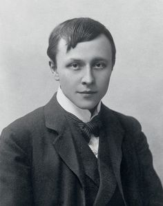 """Alfred Kubin, """"an artist who has yet to be truly discovered,"""" according to the catalog of a wide-ranging exhibition at the Shepherd Gallery, will strike some viewers as several different artists. His friend Kafka noted in 1911 that he """"looks different in age, size, and strength according to whether he is sitting, standing, wearing just a suit, or an overcoat,"""" an observation that might be modified to describe Kubin's varied art as well."""