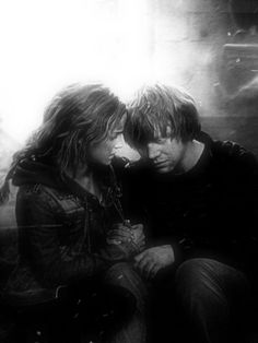 Hermione & Ron  #HarryPotter  #DeathlyHallows