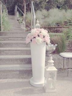 Silk Pillar