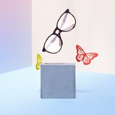 cheap ray ban sungalsses outlet online get free for gift now,get it immediately.cheap oakley sunglasses also Sunglasses Store, Ray Ban Sunglasses Outlet, Ray Ban Outlet, Sunglasses Women, Only Fashion, Teen Fashion, Fashion Trends, Lunette Ray Ban, Ray Ban Eyewear