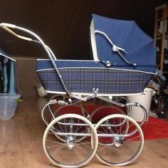 Child-rearing Made Simple With These Tips Pram Stroller, Baby Strollers, Silver Cross Prams, Travel Systems For Baby, Vintage Pram, Prams And Pushchairs, Baby Buggy, Dolls Prams, Baby Prams