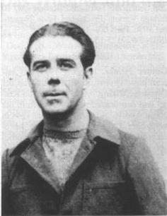"""François Appolot (1903/1904 - ? ) Ritterkreuz (29 April 1945) : SS-Oberscharführer dan Zugführer di Divisionskampfschule der 33.Waffen-Grenadier-Division der SS """"Charlemagne"""" (französische Nr. 1) Pangkat terakhir: SS-Oberscharführer"""