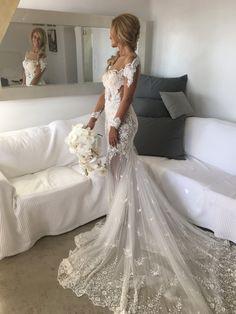 Nektaria Custom Made Bugatti Gown Used Wedding Dress on Sale 33% Off