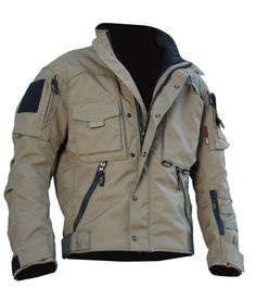 Constructed of 1000 denier CORDURA® , the MARK IV jacket is overbuilt to last. It has double layers of CORDURA® on the Elbows, Shoulders and Cuffs for reinforcement. Its remarkable durability is only rivaled by its incredible fit and functionality. Tactical Wear, Tactical Jacket, Tactical Clothing, Cool Tactical Gear, Tactical Gloves, Mode Man, Style Masculin, Herren Outfit, Cool Gear