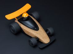 Wooden Toy Cars, Wood Toys, Crafts For Girlfriend, Scrap Wood Projects, Developmental Toys, Grid Design, Designer Toys, Wood Crafts, Studios