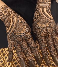 Best Marwari Henna Designs-Our Top 30 Marwari Mehndi Designs Wedding Henna Designs, Henna Tattoo Designs Arm, Beginner Henna Designs, Full Hand Mehndi Designs, Henna Art Designs, Mehndi Design Photos, Mehndi Designs For Fingers, Dulhan Mehndi Designs, Beautiful Mehndi Design