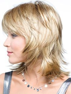 1000+ ideas about Medium Shag Hairstyles on Pinterest   Shag Hairstyles, Ladies Hairstyles and Medium Shag Haircuts