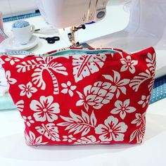 SOIshowoff February 2016: Today I made this make-up bag at my Sew Over It Intro to Sewing class