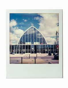 MONTPELIER - FRANCE - 2015 -  SX-70 POLAROID CAMERA WITH  IMPOSSIBLE PROJECT FILM - Photography by Pedro Loreto - www.pedroloreto.com