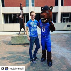 #BoiseState's @busterbronco_ out and about hanging with students ... 5 days until the first day of school! #GoBroncos!  #Repost @redjalmckell Finally found @busterbronco_ !! #BoiseState