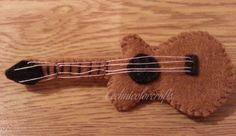 Mini felt guitar brooch