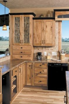 Rustic Hickory Kitchen Cabinets Kohler Touchless Faucet Design Ideas Wood Flooring Pendant 85 Luxury And Decor Kitchendesign Kitchenremodel Kitchendecor