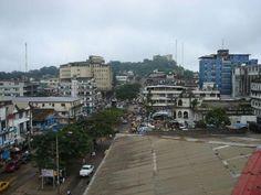 首都モンロビア Monrovia Street ◆リベリア - Wikipedia https://ja.wikipedia.org/wiki/%E3%83%AA%E3%83%99%E3%83%AA%E3%82%A2 #Liberia