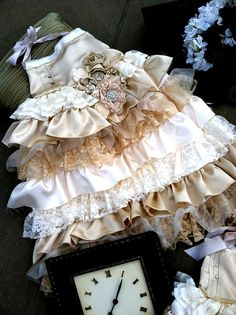 Oh how I would love to photograph my girls in this...
