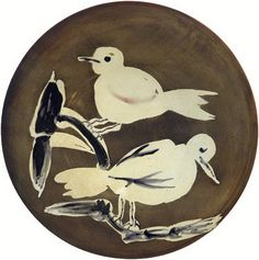 """Pablo Picasso """"Two Birds, 1963 - Ceramic Pablo Picasso, Acrylic Painting Lessons, Oil Painting Abstract, Watercolor Artists, Painting Art, Watercolor Painting, Pottery Painting, Pottery Art, Cubist Movement"""