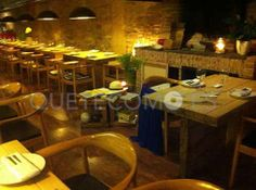 Presentando la cocina atlántica, vegetariana y para celíacos, del restaurante tapería A Moa en Santiago de Compostela, A Coruña.