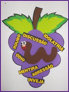 1 CACHO DE UVA (EVA 3MM) (93 CM COMPRIMENTO)  9 GRÃOS COM QUALIDADES (ÍMÃ)  1 BICHINHO DO MAL (ÍMÃ)  6 PALAVRAS DO BICHINHO DO MAL (ÍMÃ)    APLICAÇÃO:    - vencendo as obras da carne  - vida frutífera Bible Verses For Kids, Sunday School Kids, Maria Montessori, Crafts For Kids, Religion, Ideas, Nova, Sunday School Activities, Sunday School Crafts