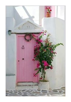 Pretty in Pink Door house in Paros , Greece Cool Doors, The Doors, Unique Doors, Windows And Doors, Front Doors, Front Entry, I Am The Door, Pretty In Pink, When One Door Closes