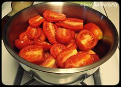 Roma Italian Tomato thru 1 LB Seeds) The Heirloom Italian Tomato! Roma Tomatoes, Plum Tomatoes, Veggie Recipes, Great Recipes, Tomato Seeds, Recipe Using, Catering, Veggies, Healthy Eating