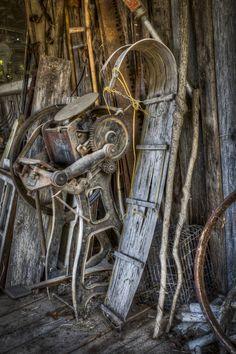 Old sled.  HDR.  Taken at Oleo Acres in Staunton, TN.