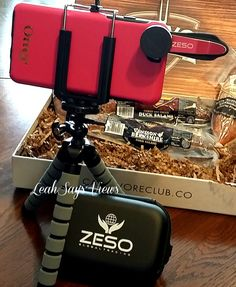 The Zeso patent registered fisheye camera lens kit is unique in design and detail. It's made for professional-grade optical glass and tough aluminum which is built to last. The small and light-weight with a special clip to attach to your phone or tablet is portable so you can take it everywhere. #ad #zesolens