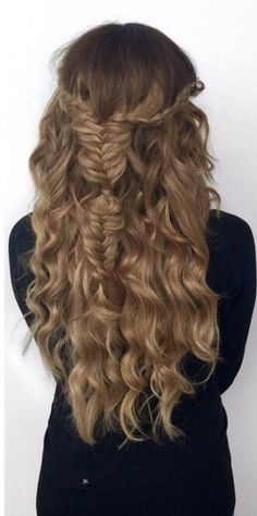 Hair perfection using 220g Dirty Blonde Luxy Hair Extensions <3  Photo: https://instagram.com/ashleyymari3/