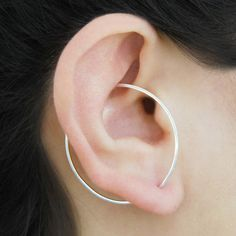 This modern on-trend innovative design ingeniously blends earring and ear cuff to give you a geometric designer look without the pain of multiple piercings! Tiny Stud Earrings, Triangle Earrings, Cuff Earrings, Silver Hoop Earrings, Statement Earrings, Lobe Piercing, Piercings, Silver Ear Cuff, Sterling Silver Hoops