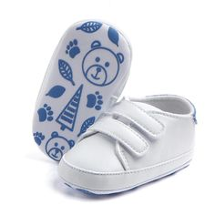 Kids Soft Soled Sports Sneakers PU Leather White Baby Shoes Classic Casual Newborn Boy Girl First Walkers White Baby Shoes, Baby Boy Shoes, Crib Shoes, Girls Shoes, Toddler Sneakers, Baby Sneakers, Sneakers For Sale, Toddler Moccasins, Kids Clothing Brands
