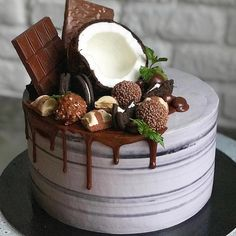 30 Cool & Beautiful Birthday Cakes : Page 24 of 30 : Creative Vision Design 30 Cool & Beautiful Birthday Cakes : Page 24 of 31 : Creative Vision Design Food Cakes, Cupcake Cakes, Cake Recipes, Dessert Recipes, Beautiful Birthday Cakes, Coconut Desserts, Drip Cakes, Occasion Cakes, Love Cake