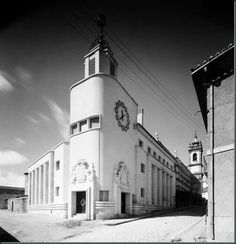 Agência da CGD. Inaugurada em 1939 San Francisco Ferry, Building, Travel, Portugal, Antique Photos, Places, City, Construction, Trips