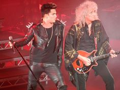 Brian May & Adam Lambert, London show, 12th July 2012   Source: @GlamazonToronto