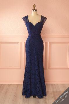 Navy lace and embroideries open-back mermaid gown - Robe longue sirène à dos ouvert de dentelle et broderies bleu marine