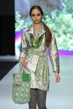 Diseñadora Bertha Henriquez #wayuu #fashion #mochila #mochila