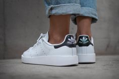 The adidas Originals Stan Smith sees the fresh kicks get a somewhat '90s revamp with an all-new platform outsole.