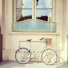This vintage bike will go so well with my future home that is close enough to ride to my cute local cafe and bookstore.