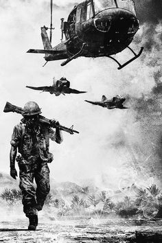 The end of the Vietnam War occur in Bringing an end to a very deadly and long war. The US failed to stop communism in Vietnam. Military Art, Military History, Military Soldier, Military Life, War Tattoo, Vietnam War Photos, Army Wallpaper, Twilight Princess, Vietnam Veterans