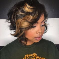 STYLIST FEATURE| In love with this #messybob ✂️ styled by #dmvstylist @msklarie  Flawless cut and color #voiceofhair