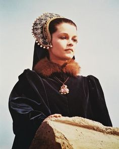 Photo of Geneviève Bujold as Anne Boleyn for fans of Tudor History. Period Piece Movies, Elisabeth I, British Costume, Wives Of Henry Viii, Tudor Dynasty, Catherine Of Aragon, Movie Costumes, Tudor Costumes, Period Costumes