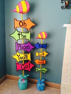 Door Ideas For Classroom Dr. Seuss The Lorax 39 Ideas Dr. Seuss, Dr Seuss Week, Pre K Graduation, Kindergarten Graduation, Dr Seuss Graduation Party, Graduation Ideas For Preschool, Kindergarten Party, Graduation Party Ideas High School, Graduation Crafts