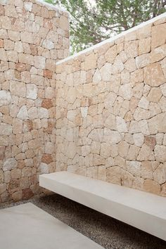 ES Roca Llisa: A modern villa located on the island of Ibiza. The architecture combines contemporary elements with natural materials. Interior by ARRCC. Design Exterior, Wall Exterior, Stone Facade, Stone Cladding, Stone Houses, Cool House Designs, Ibiza, Architecture Design, Outdoor Living