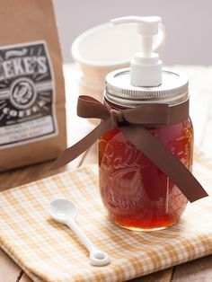 Homemade Pumpkin Spice Syrup - use it to make your own Pumpkin Spice Lattes at home!