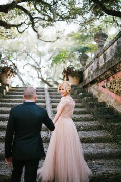 fairytale engagement session - photo by Alee Gleiberman http://ruffledblog.com/an-elegant-miami-engagement-session #engagementsession #engagementshoot