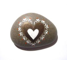Hand+painted+heart+art+stone/paperweight.+by+SeeQueenStones