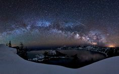 One of my favorite places to visit in Oregon, Crater Lake. Awesome capture of a comet!