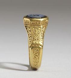 Anillo de oro (Bizancio), del siglo 12.