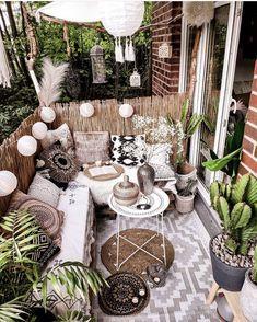 Best Indoor Garden Ideas for 2020 - Modern Small Balcony Garden, Small Balcony Decor, Balcony Design, Small Patio, Garden Design, Outdoor Spaces, Outdoor Living, Outdoor Decor, Ar Fresco