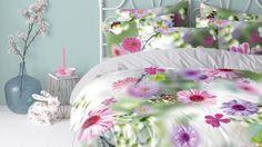 Cinderella Flower Meadow - hoe kleurrijk! Bekijk ook www.smulderstextiel.nl voor meer